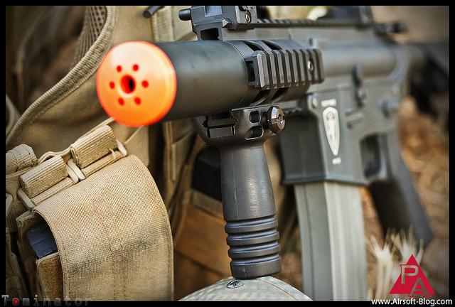 Az airsoft fegyverek igen élethűek