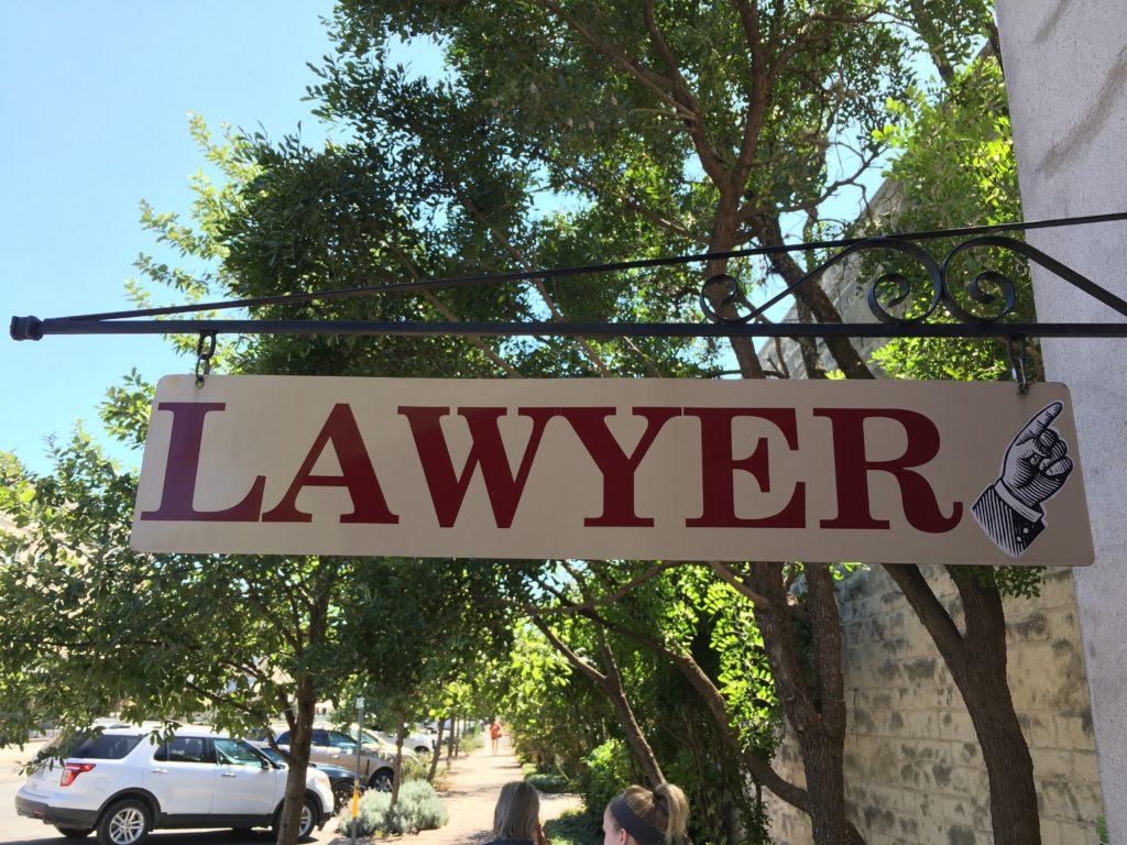 Ügyvédre van szüksége!